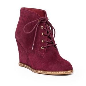Shoemint Shoes - Shoemint Burgundy Lace-Up Wedge Booties 6.5